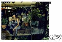 Marie Claire, novembre 2013. Rapsodia Gipsy, foto di Jacques Olivar, styling di Elisabetta Massari. Cappello in velluto Grevi