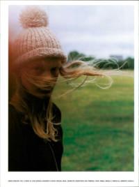 Vogue Italia (Ottobre 1998) cappello pon pon Grevi