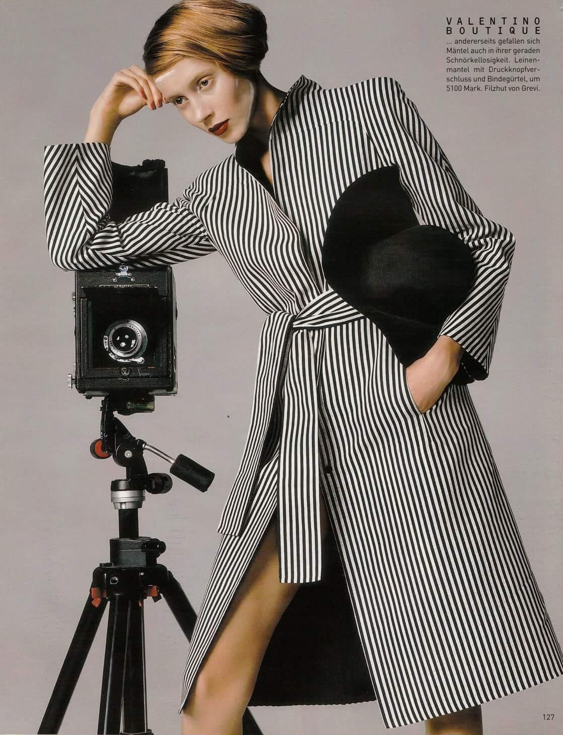 Vogue Germany January 2001 Filzhut von Grevi Model Colette Pechekhonova